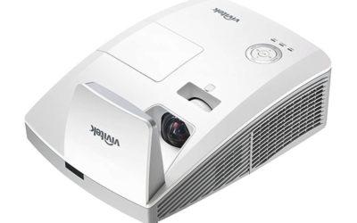 Projektor Vivitek D757WT ultra širokokotni + stenski nosilec